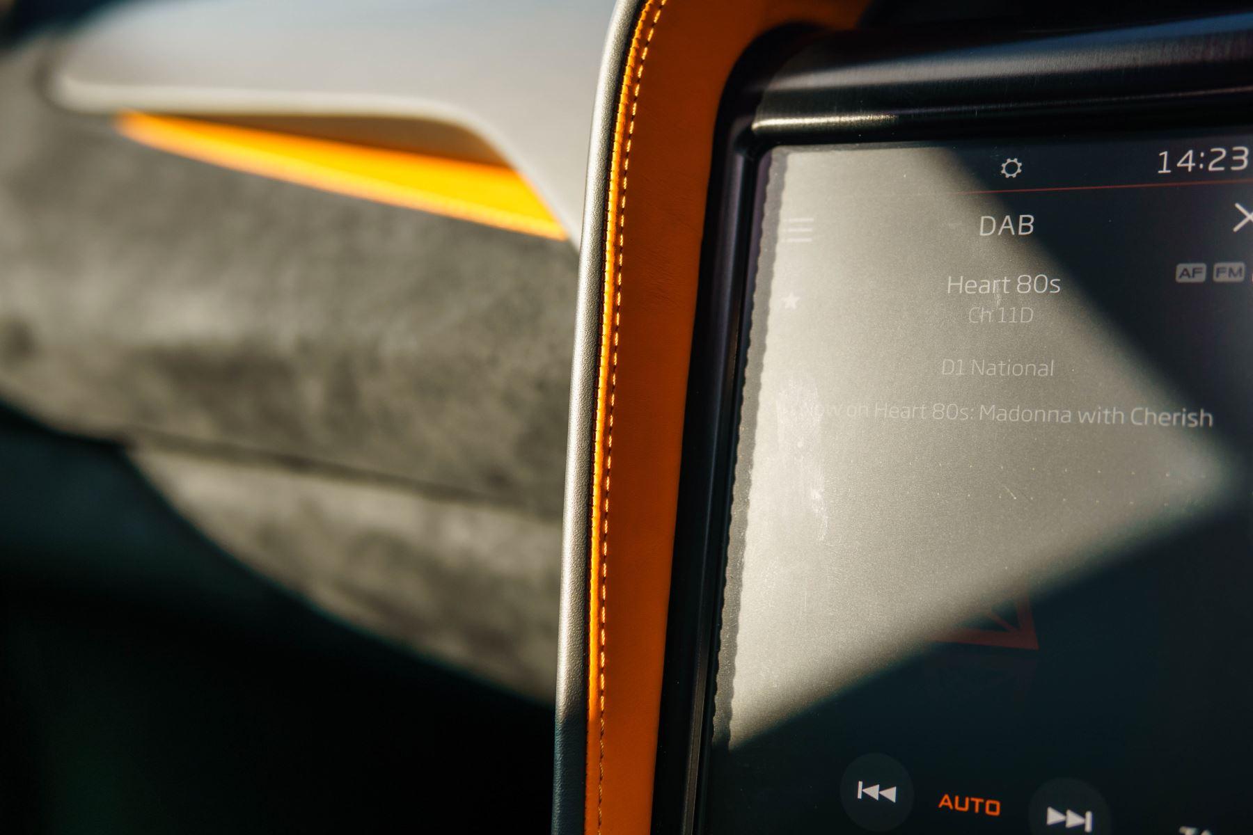 McLaren 720S V8 2dr SSG PERFORMANCE image 50
